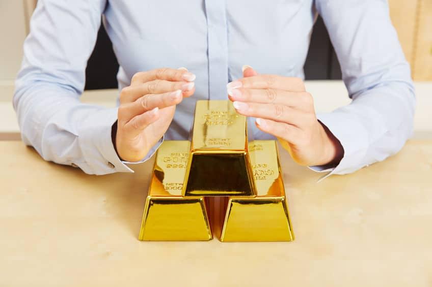 Oro refugio respecto a otros activos