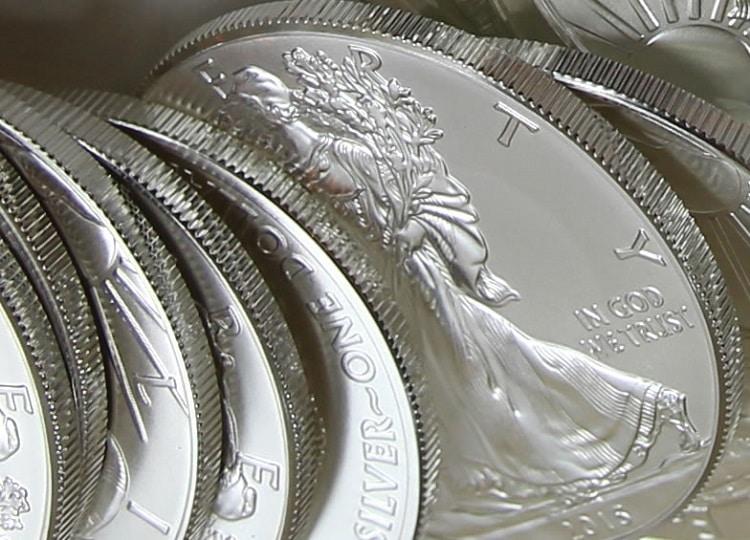 Aumento de ventas de monedas de plata Eagle